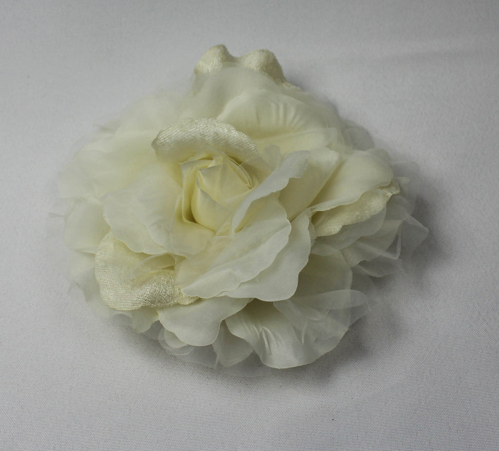 Large Ivory Open Rose