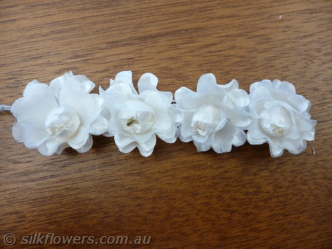 Rose trail x4 off white 3 x 11cm 1948
