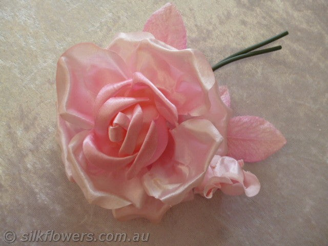Rose with bud satin pink 10x14cm 2002