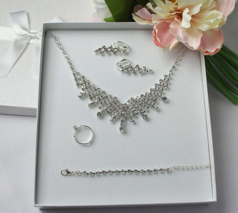 Elegant Diamonte Jewellery Set