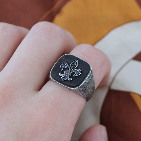 men's silver, wood and sapphire signet ring
