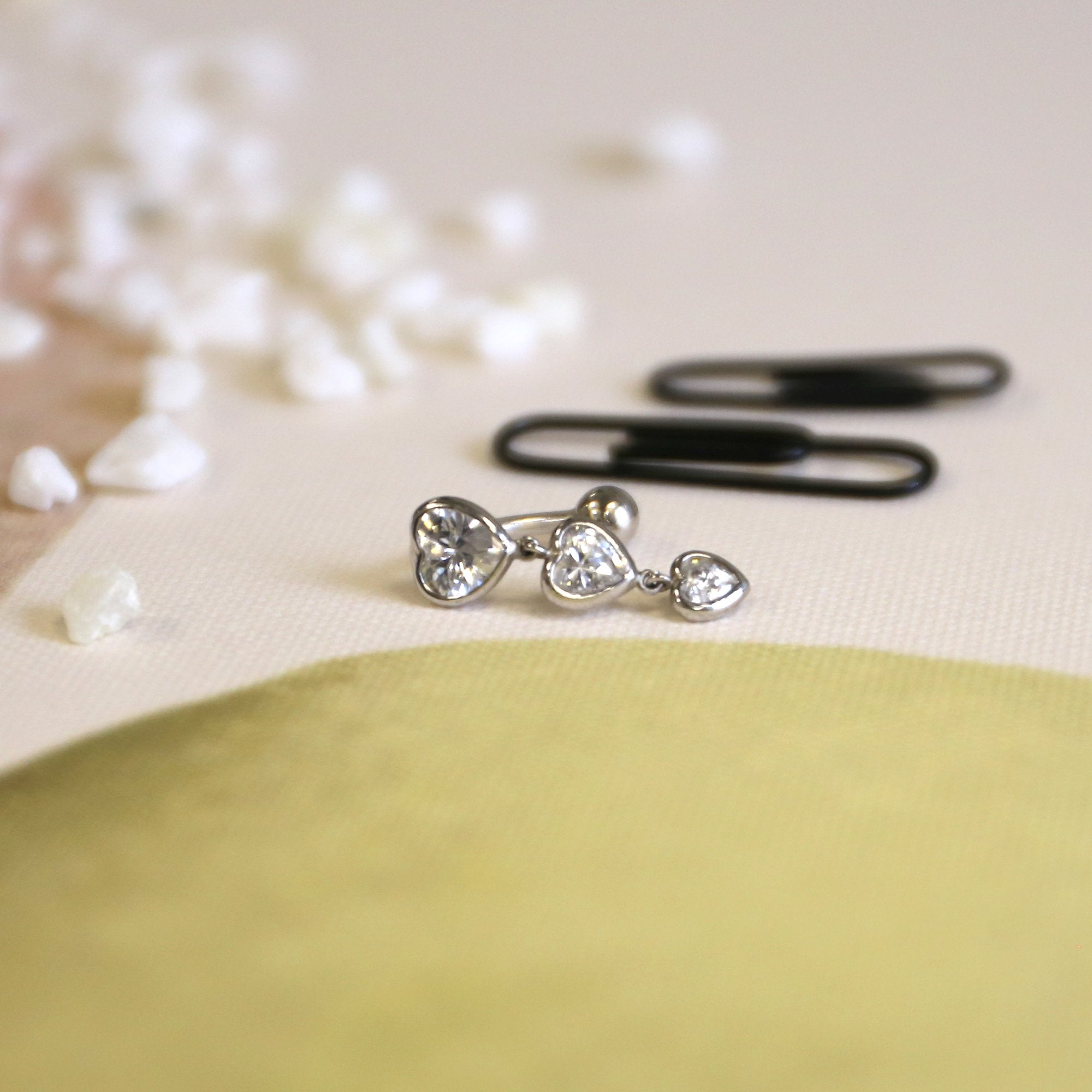 14k Yellow or White Gold Top Mount Cubic Zirconia Graduated Hearts Reverse Dangle Belly Button Ring