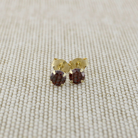 14k Yellow Gold 3mm .25tcw Round Simulated Garnet Earrings