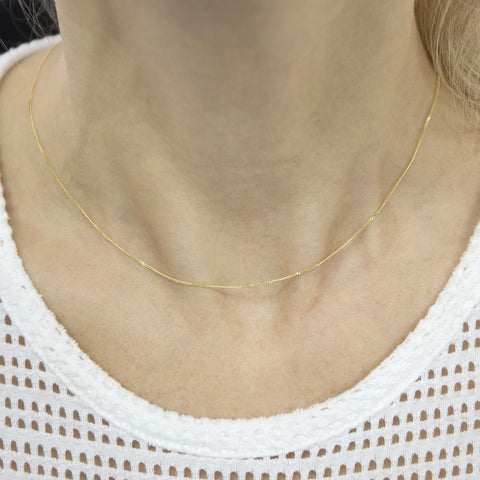 Beauniq Solid 14k Yellow Gold 0.8mm Curb Gourmette Chain Necklace, 16""