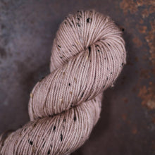Load image into Gallery viewer, Craggy Tweed - The Farmer's Daughter Fibers