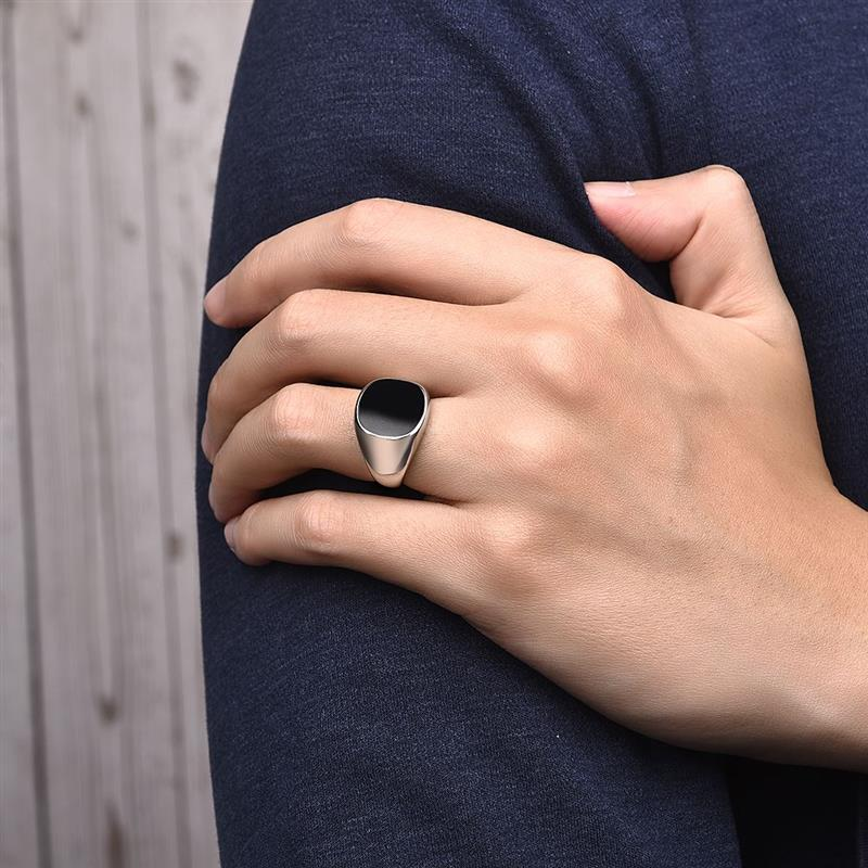 Men's Classic Signet Ring