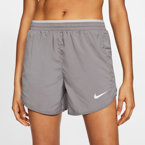 NIKE WOMENS TEMPO LUXE RUNNING SHORTS | GUNSMOKE