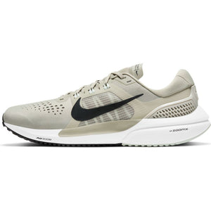 NIKE MENS AIR ZOOM VOMERO 15 | STONE/BLACK-LIGHT ARMY