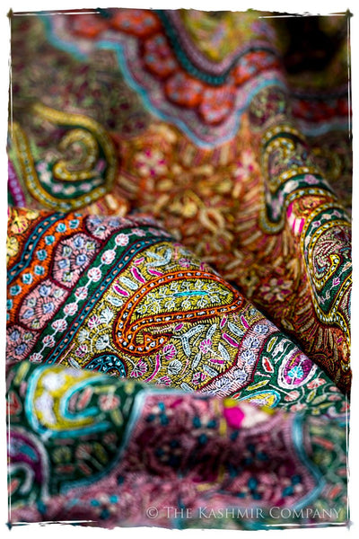 Jewels of Noorjéhan - Grand Pashmina Shawl