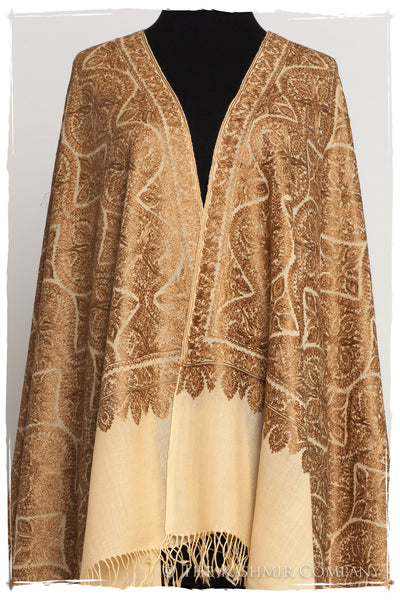 The Célébration Fabuleuse Gold Shawl