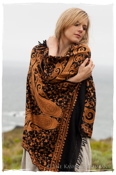 Oro de Californie Royale Paisley Shawl
