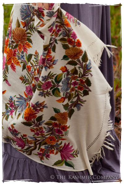 Romance Jardin de Paris Antiquaires Shawl