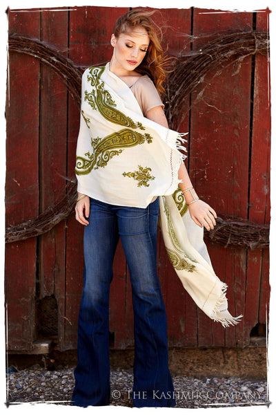 Regal Paisley Fougere Verte Shawl