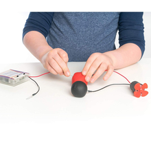 Load image into Gallery viewer, Squishy Circuits Deluxe Kit: use conductive and insulating pay dough