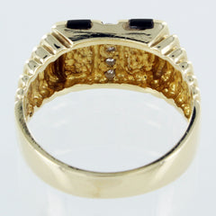 GENTS 14KT GOLD DIAMOND AND ONXY RING SIZE 9.5