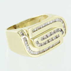 GENTS 14KT GOLD DIAMOND CLUSTER RING SIZE 8