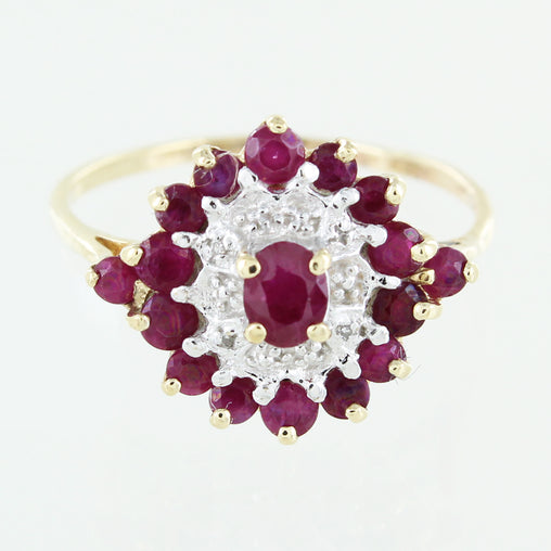 LADIES 10 KT RUBY AND DIAMOND RING SIZE 10