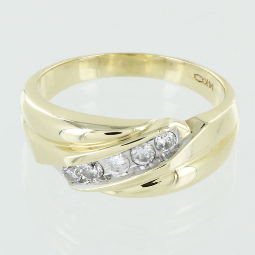 GENTS 14KT GOLD DIAMOND WEDDNG BAND SIZE 11