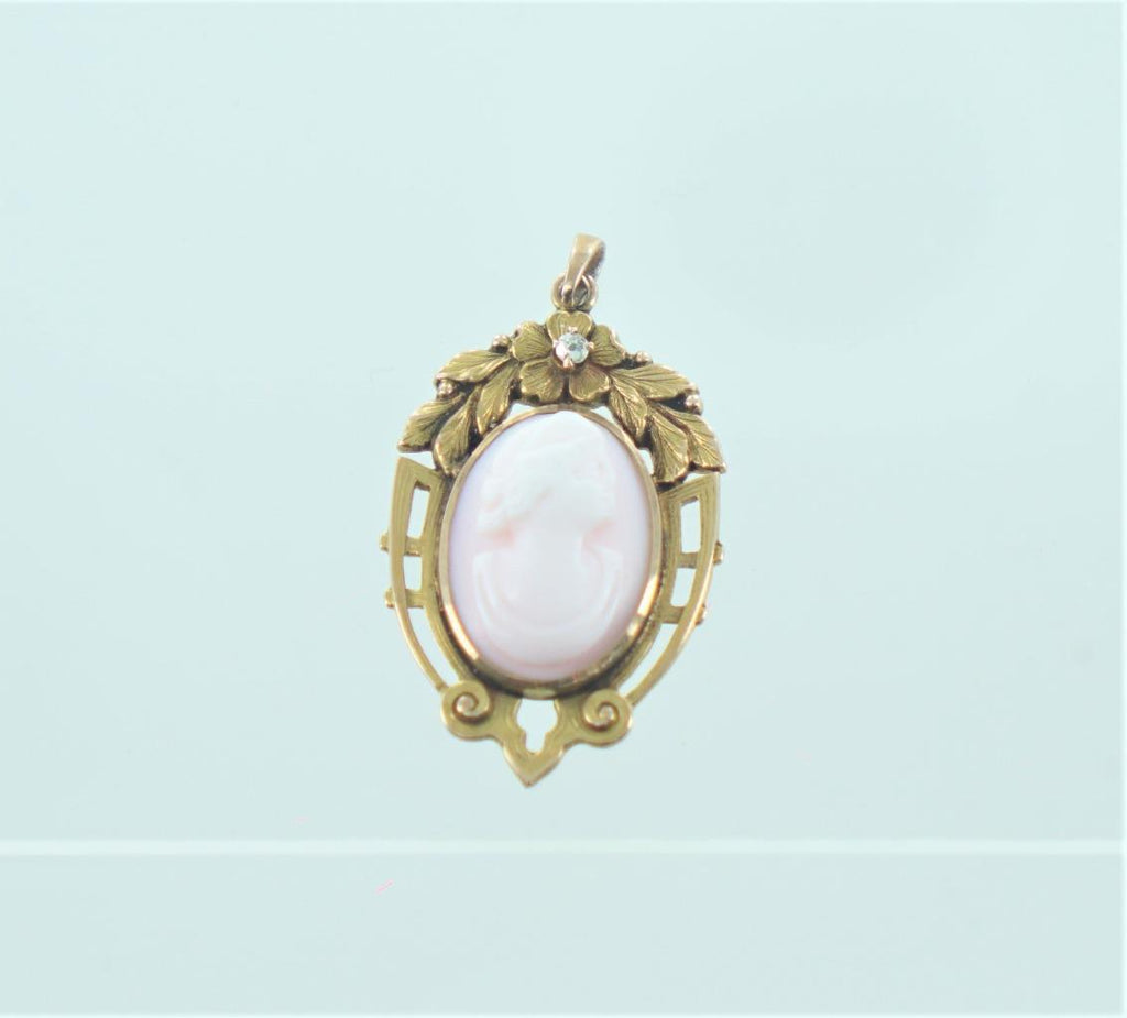 10KT YELLOW GOLD CAMEO DIAMOND PENDANT .04 CT 013946022