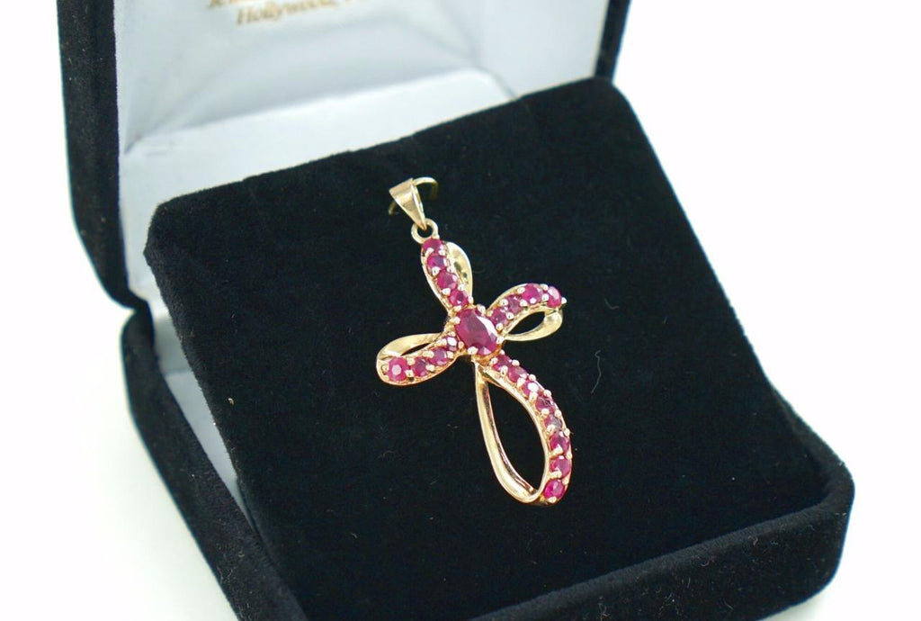 10 KT YELLOW GOLD RUBY CROSS PENDANT 2.95 GRAMS 014828211
