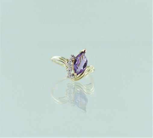 10 KT YELLOW GOLD DIAMOND & AMETHYST DESIGN RING .5 ATW SIZE-10 014660203