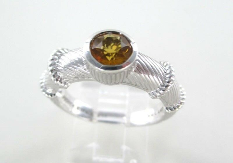 JUDITH RIPKA STERLING SILVER RING THAILAND SIZE 10 (MNJ000111)