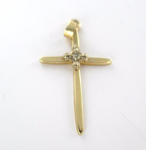 14K SOLID YELLOW GOLD PENDANT CROSS 1.3 GRAM 1 DIAMOND .01 CARAT CHARM