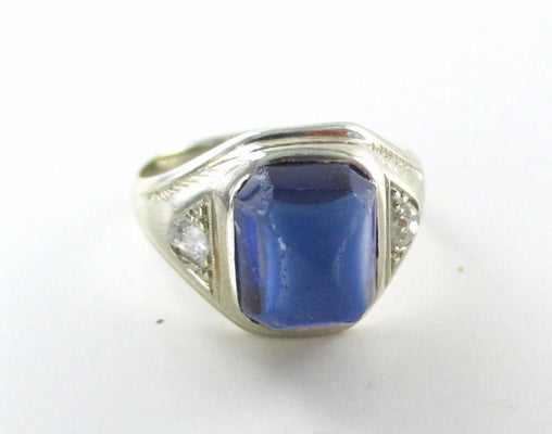14KT  WHITE GOLD RING SIZE 6 2 DIAMONDS .10 CARAT BLUE STONE VINTAGE BAND JEWEL
