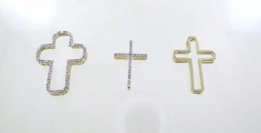 015730002 10KT GOLD DIAMOND 3 PIECE JESUS CHRISTIAN CROSS CATHOLIC PENDANT