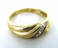 14KT SOLID YELLOW GOLD 3 DIAMOND WEDDING BAND SIZE 8.75 RING 016328801