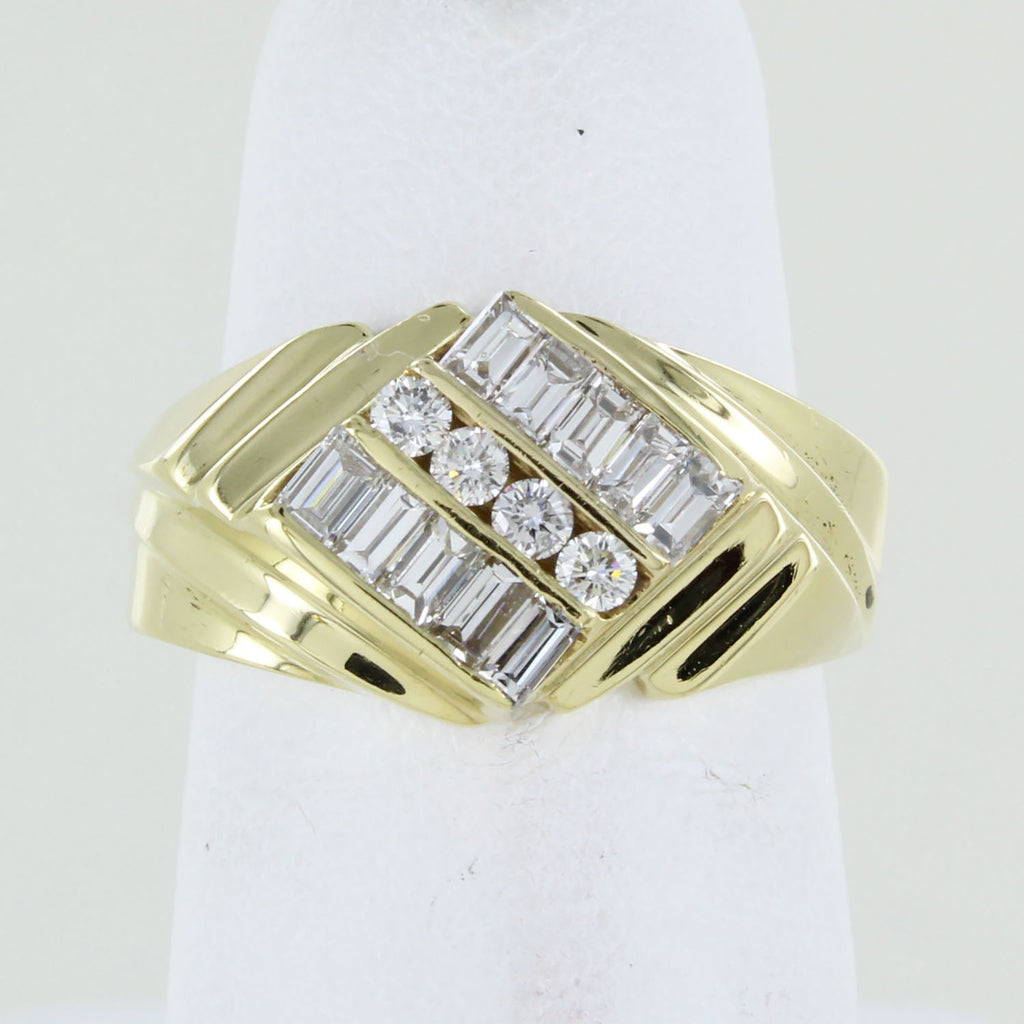 18KT YELLOW GOLD WITH 3 ROWS OF DIAMONDS SIZE 6