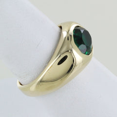 14 KT YELLOW GOLD GREEN STONE RING
