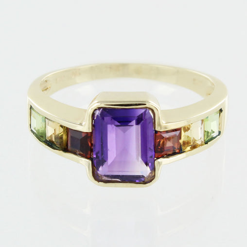 LADIES 14 KT AMETHYST MULTI STONE RING SIZE  7.5