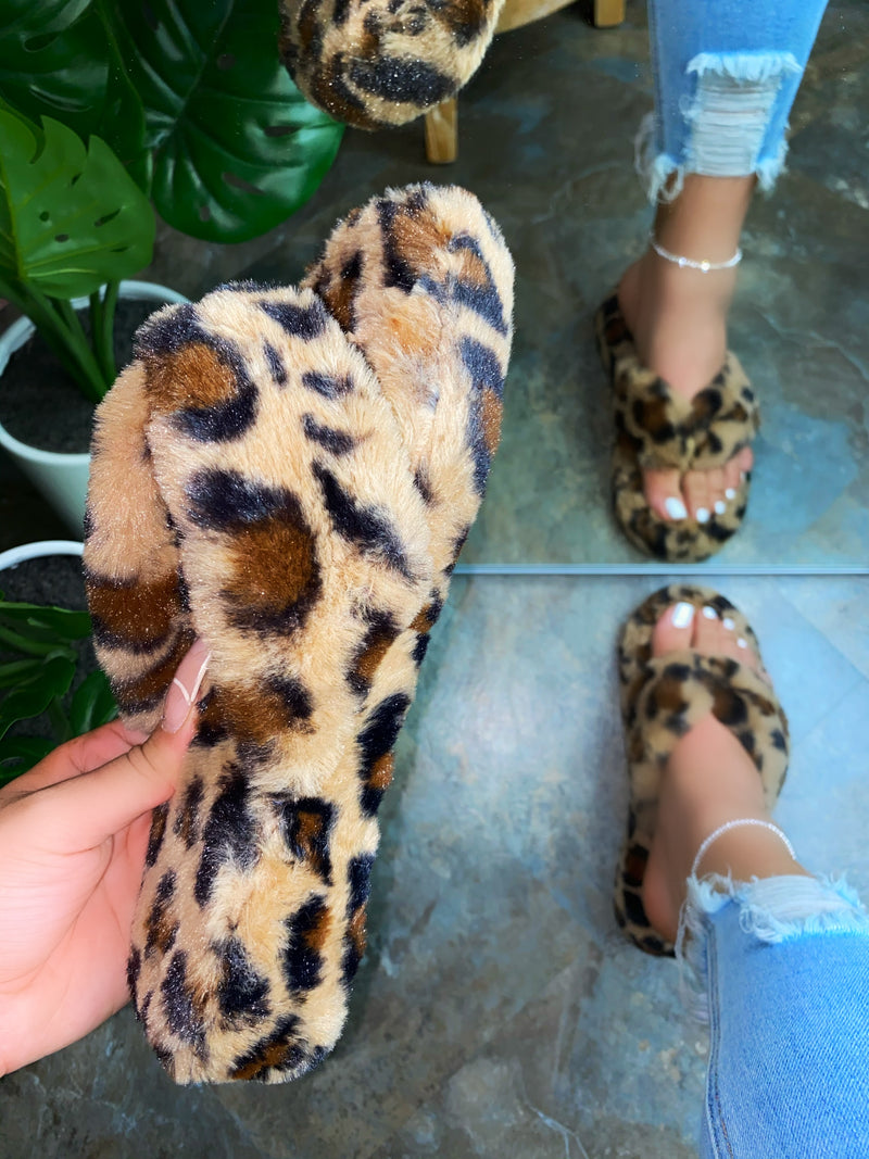 Molly Thong Slippers- Leopard