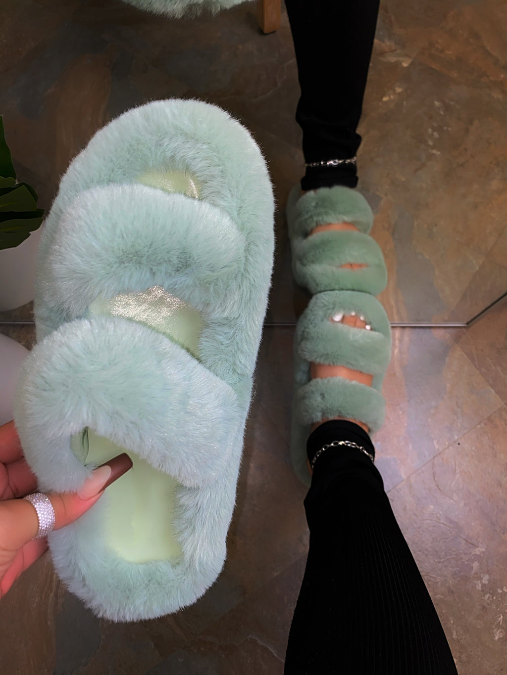 Aurora Double Slippers - Green