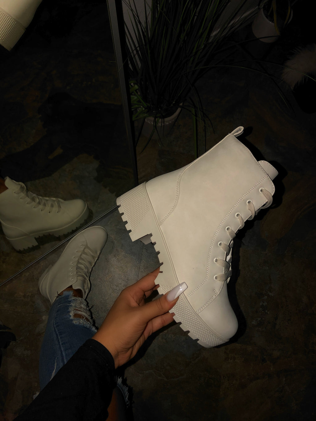 Autumn Boots - White Off / Cream
