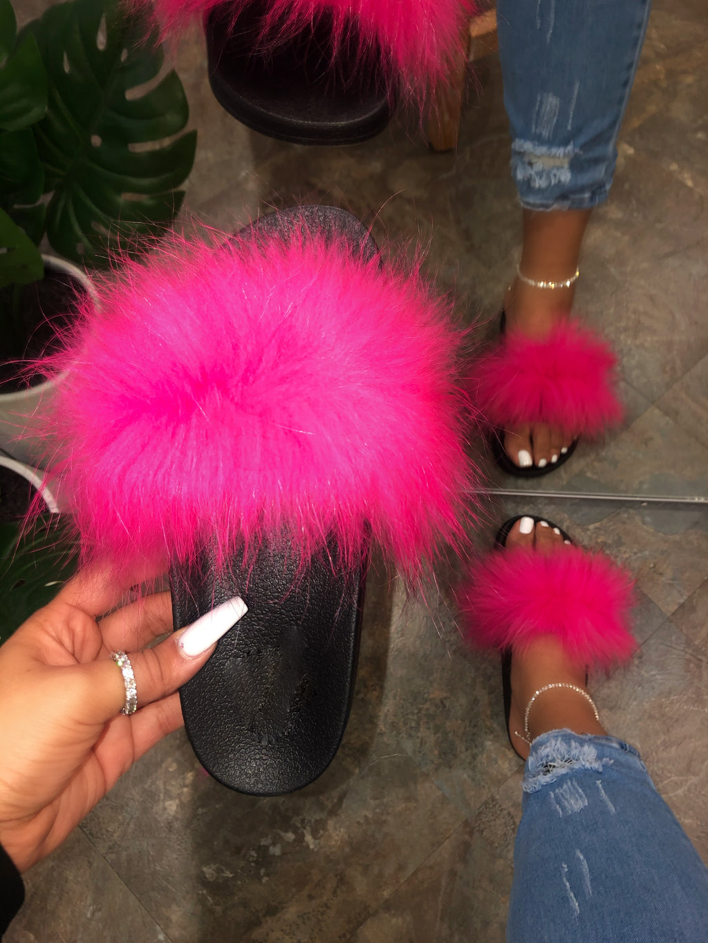 Pattie Fluffy Slides - Hot Pink