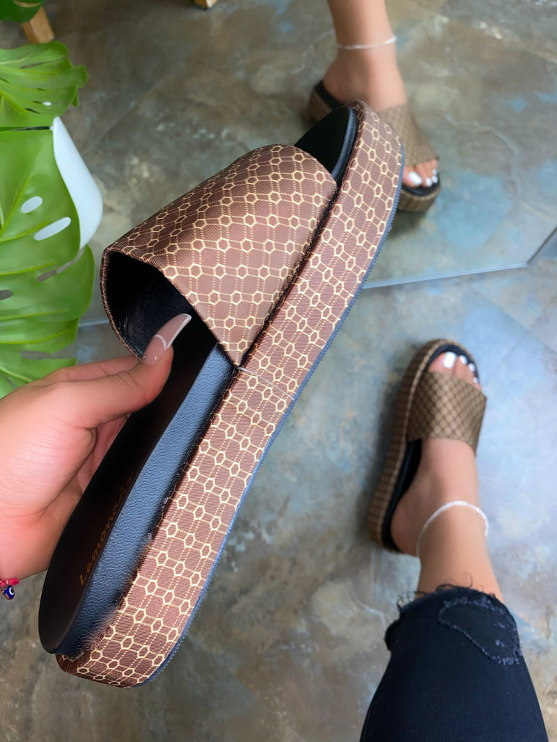 Gwendolyn Platform Sandals - Brown