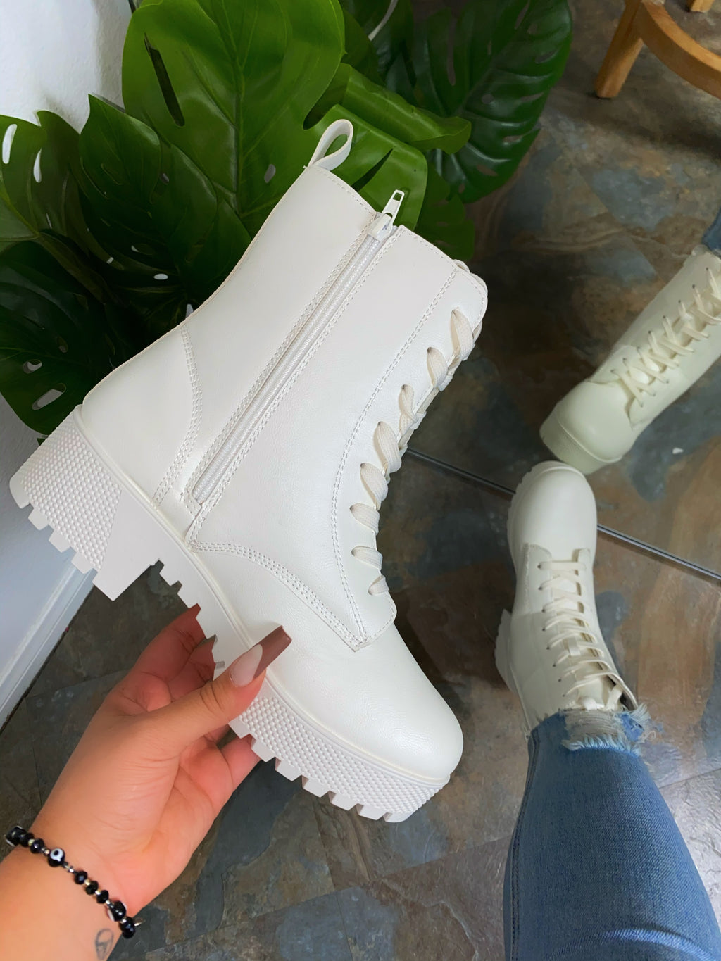Autumn Boots - White