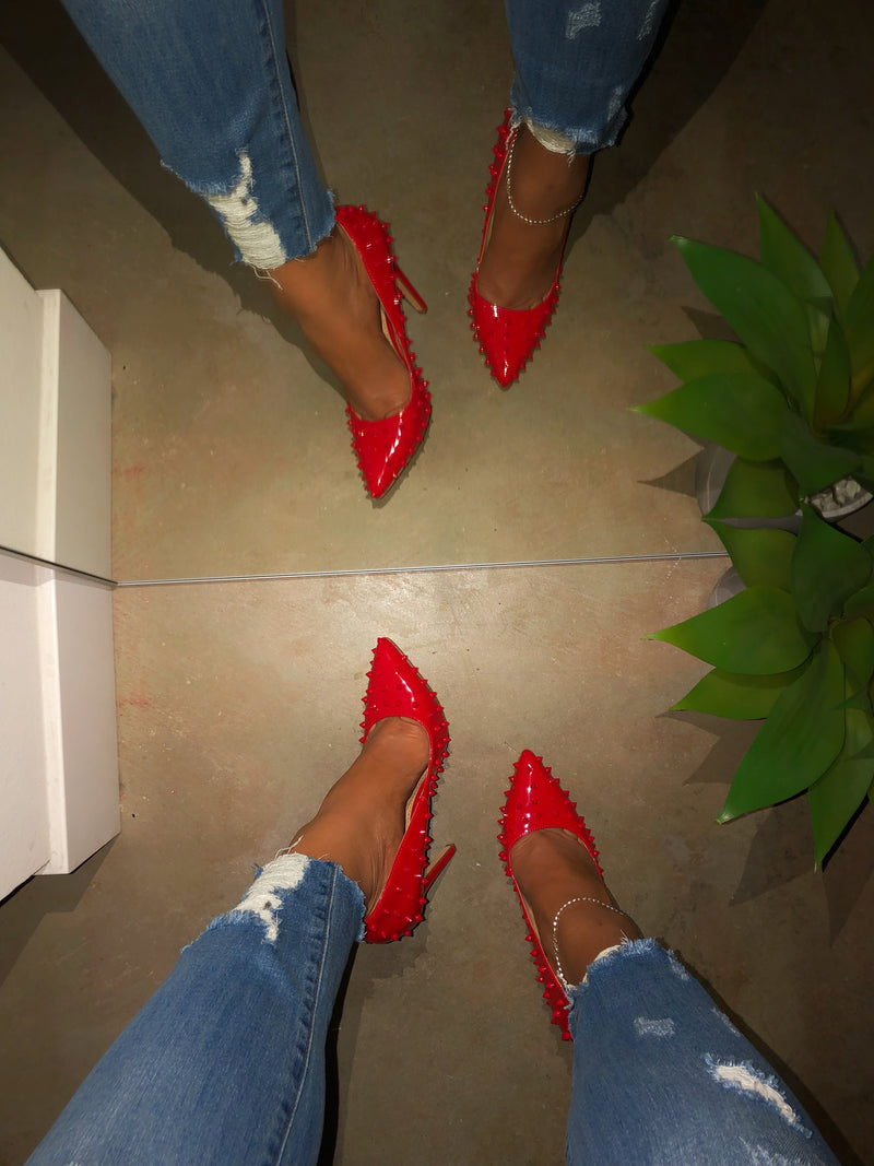 Khloe Spikes Pumps - Red