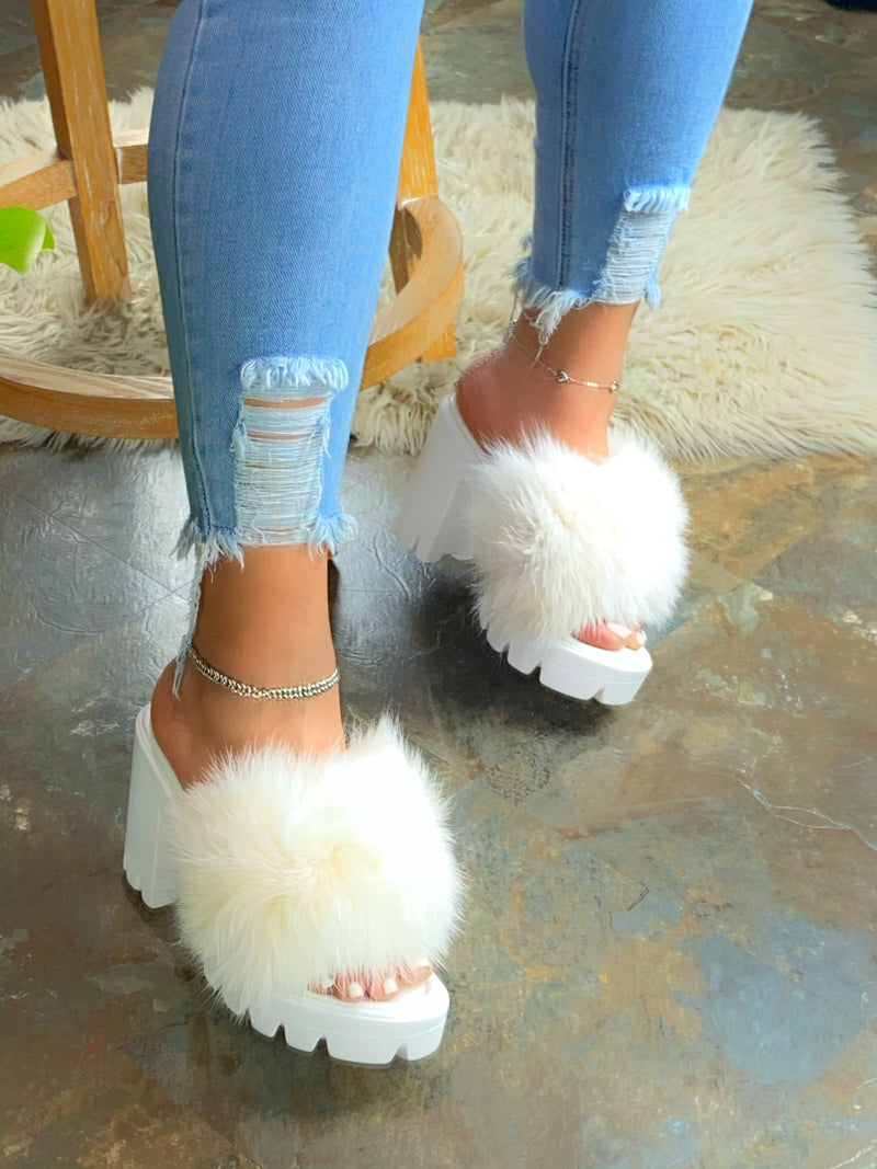Vianey Fur Mule - White