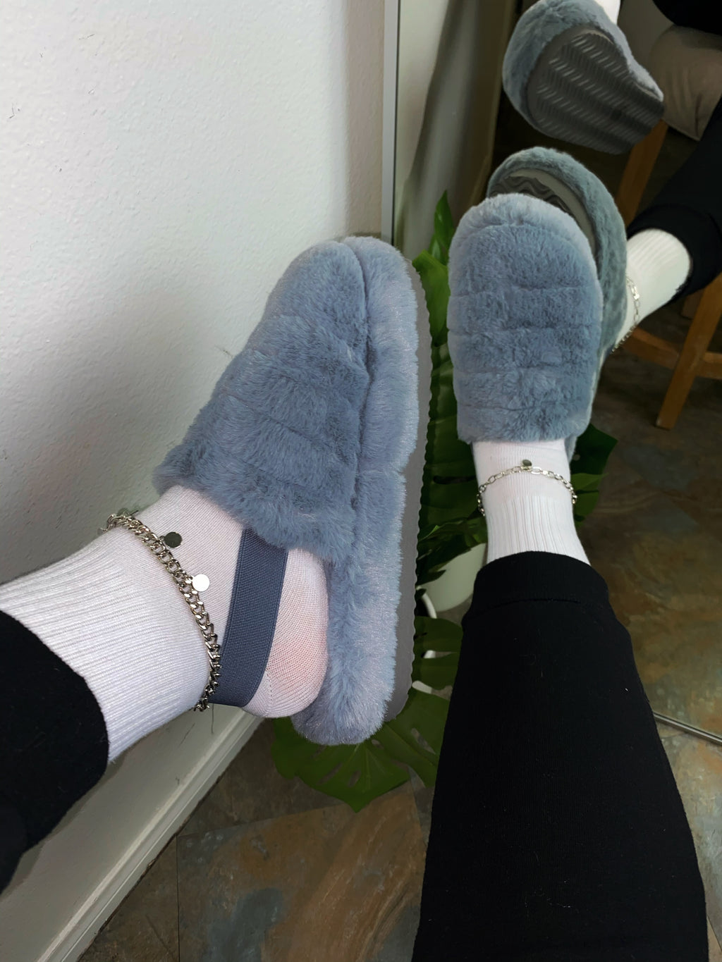 Brody Slippers-Grey