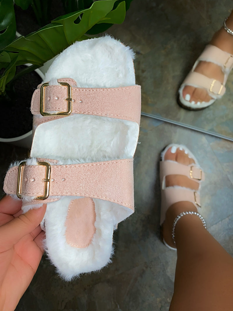 Lia Slippers- Cotton Candy Pink