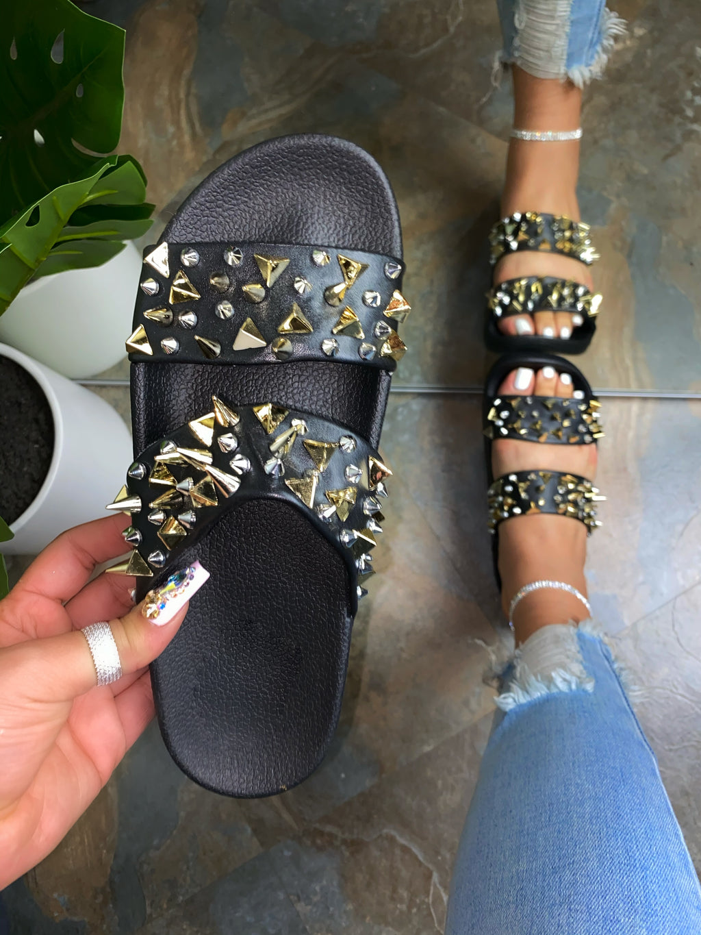 Kali Studded Sandals- Black