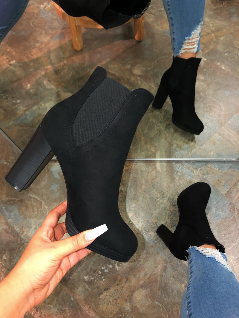 Alessia Booties - Black