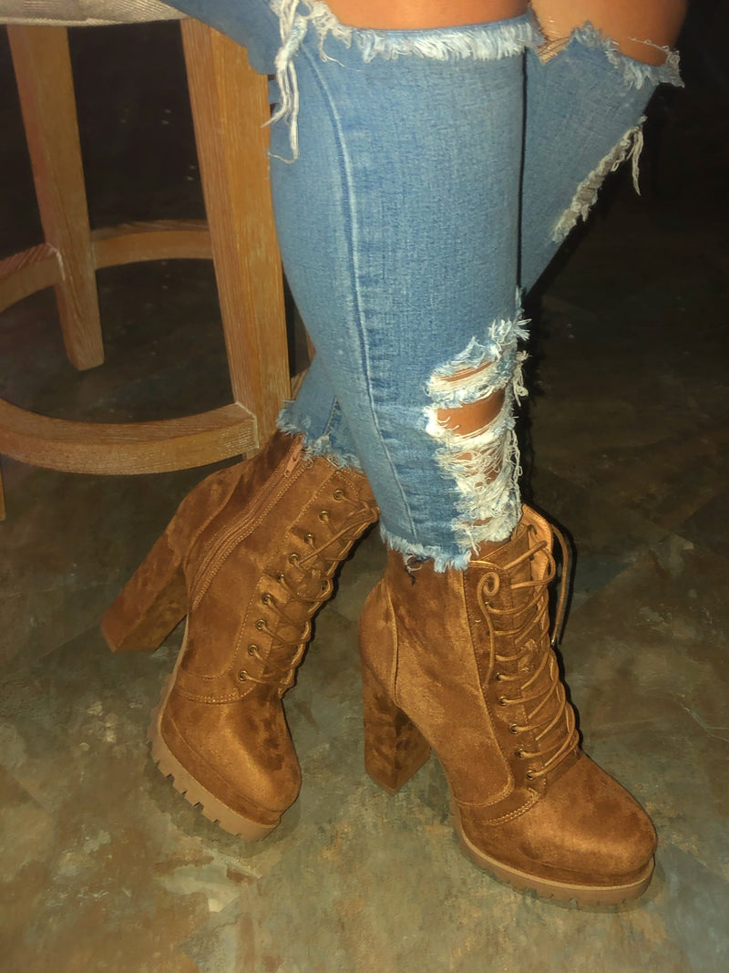 Rose Lace-up Booties - Chestnut