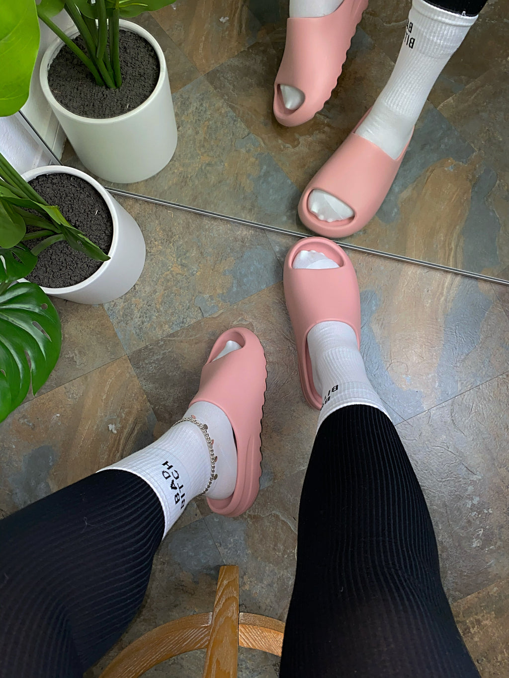 Saint Slippers - Baby Pink