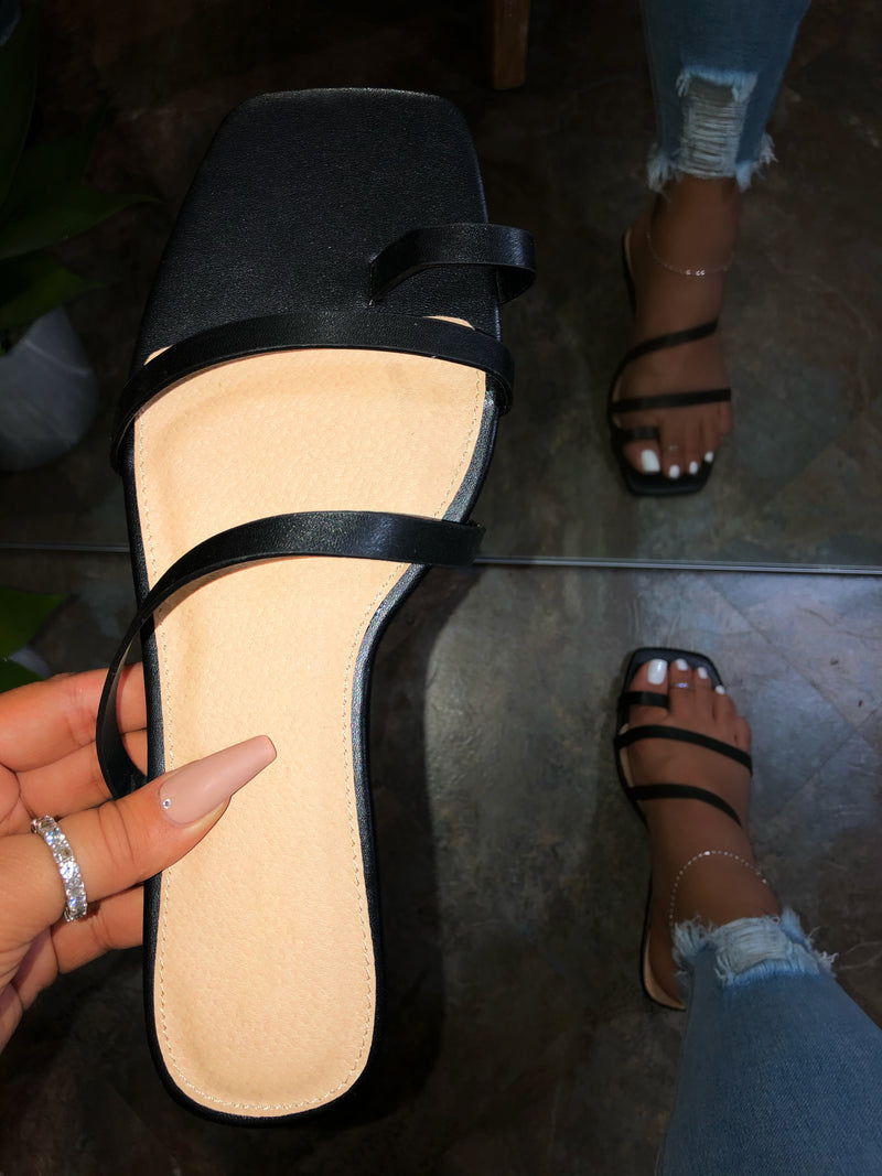 Daleyza Sandals - Black