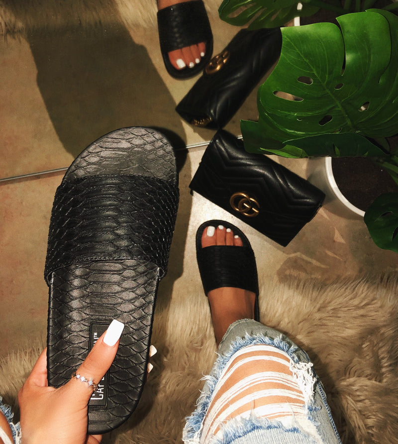 Jennie Slides - Black