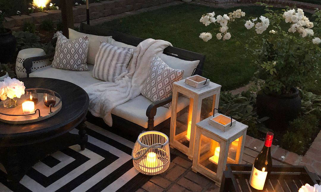 Decorate Your Backyard With Beautiful, Eco-Friendly Pieces